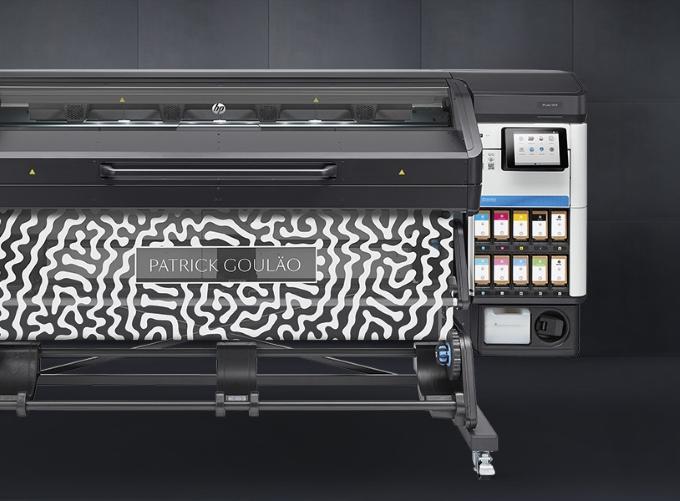 Латексный принтер HP Latex 700 W c белым цветом